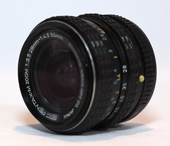 SMC Pentax-M 28-50mm F3.5-4.5 (lignesbois) Tags: matériel gear objectif lens kmount smcpentaxm2850mmf3545
