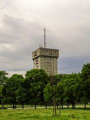 Quando arriva il temporale. Milano (diegoavanzi) Tags: milano milan italia italy lombardia lombardy sony hx300 bridge nuvole clouds grattacielo skyscraper martesana parco park