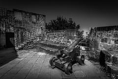 San Sebastien - Chateau de La Mota 2 (François Leroy) Tags: françoisleroy euskalherria espagne paysbasque sansebastian fortifications canon noiretblanc donostia urgull mont