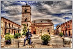 Oh, Dulcinea... (Jose Roldan Garcia) Tags: toboso mancha plaza iglesia figura novela quijote dulcinea cervantes cielo fachadas colores