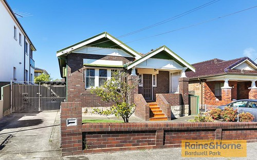 24 Nicoll Av, Earlwood NSW 2206