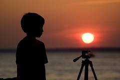 Boa Noite (Luiz C. Salama) Tags: sunset kids contraluz interestingness c explorer moo explore 500 destaque filhos luiz interessantes salama amazonia ocioso flickrtop500 drocio duetos luizsalama salamaluiz metareplyrecover2allsearchprigoogleover