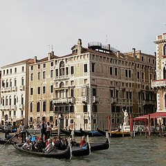 Gondolas passing by