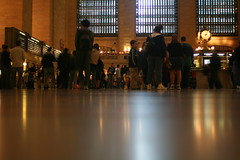 inside Grand Central Terminal, main concourse (T o n i e  S.) Tags: newyorkcity grandcentralterminal midtownmanhattan