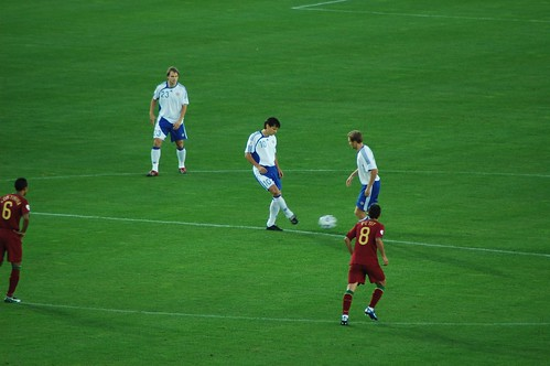 Jari Litmanen en un partido con la selección de Finlandia