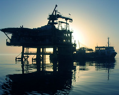 Good morning PLATFORM! (Roozbeh Feiz) Tags: trip travel winter 2004 silhouette canon persian asia industrial iran canon20d industy platform middleeast persia adventure instant iranian moment impromptu  oilfield slb spontaneous 1383 persiangulf schlumberger instantphotography   oilgas  spontaneousphotography handheldphotography nosetup withoutsetupphotography nosetupphotography iranianstyle persianstyle ~vista iranianphotographer iranianphotographers