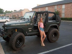 (DJFriar) Tags: jeep legs chicks jeepchick