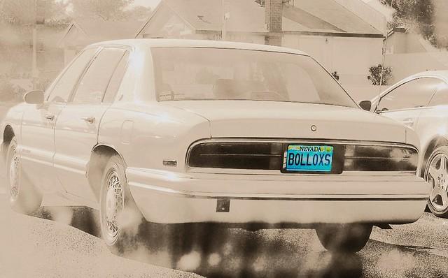 street white car buick funny lasvegas nevada humor gimp nikond50 licenseplate bollocks selectivecolor