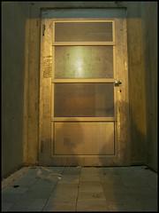(mainone) Tags: door light night effects lights switzerland nightshot image shots swiss casio exz750 nightshots lattice tre lenzburg
