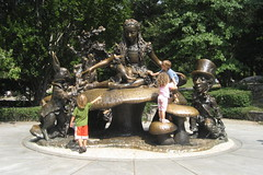 NYC - Central Park: Alice in Wonderland (wallyg) Tags: park nyc newyorkcity sculpture ny newyork mushroom statue children nhl alice centralpark manhattan landmark gothamist publicart dinah madhatter teaparty aliceinwonderland lewiscarroll whiterabbit delacorte dormouse chesirecat nationalhistoriclandmark nationalregisterofhistoricplaces usnationalhistoriclandmark nrhp margaritadelacortememorial georgedelacorte josedecreeft usnationalregisterofhistoricplaces newyorkcitylandmarkspreservationcommission nyclpc sceniclandmark