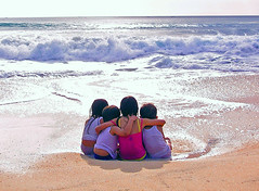 If We Hold On Together (^riza^) Tags: bali beach kids indonesia 2006 september dreamland indonesiaphotobloggers thebiggestgroup twtmeblogged abigfave