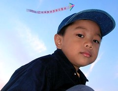 anjo (Rex Pe) Tags: portrait boys childhood kids child son kites growing innocense growingup beautifulpeople anjo interestingpeople antoniojose