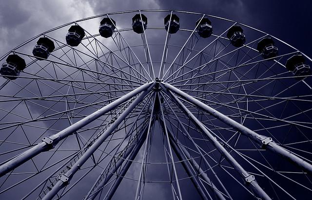 Dark sky ferris wheel