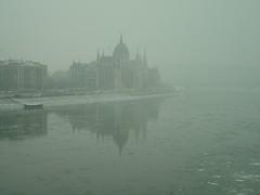 Budapest (ribizlifozelek) Tags: hungary budapest parliament duna danube