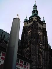 Katedrala Sv Vita (Mr Exploding) Tags: 2005 castle prague czechrepublic stvituscathedral hradany praguecastle granite