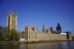 Palace of Westminster (Loïc BROHARD) Tags: london visitlondon travel discover wanderlust explore skyline skyscrapers