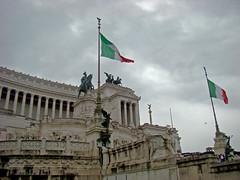 Vittoriano (Gijlmar) Tags: itália italy italien italie włochy ита́лия ιταλία europa ευρώπη europe avrupa европа roma rome ρώμη rzym rom рим céu sky cielo