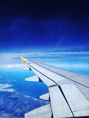 Blue sky...🌐 (carlesbaeza) Tags: fly airplane sky blue travel ngc