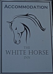 The White Horse - Great Barrow, Cheshire. (garstonian11) Tags: pubs pubsigns realale greatbarrow cheshire gbg2018 camra