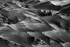Bromo volcano, Indonesia (pas le matin) Tags: bw nb noir et blanc noiretblanc blackandwhite monochrome desert bromo volcan volcano indonesia travel voyage world indonésie asia asie southeastasia canon 7d canon7d canoneos7d eos7d sand sable
