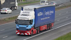 SN67 SXY (panmanstan) Tags: scania g450 wagon truck lorry commercial curtainsider freight transport haulage vehicle a1m fairburn yorkshire