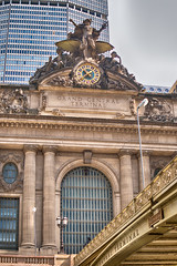Grand Central Statue  clock and park street road_ (Singing With Light) Tags: 13th 2018 alpha6500 april bahbahra mirrorless nyc singingwithlight snow sonya6500spring statues sunny walkingthecity architecture colors manhattan photography singingwithlightphotography sony