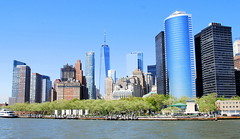 Battery Park and One World Trade Centre, Manhattan, New York City, USA. (Roly-sisaphus) Tags: nyc thebigapple unitedstatesofamerica
