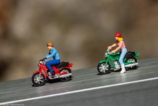 Tiny people - Rasante Abfahrt ohne Helm
