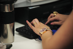 Entrevistas Diversas (Senado Federal) Tags: diadotaquígrafo secretariageraldamesa trabalhoparlamentar taquigrafia mãos digitação brasília df brasil bra aliança casamento trabalho