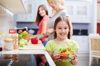 9 Ways To Get Kids To Eat Healthy Food And Be Happy About It