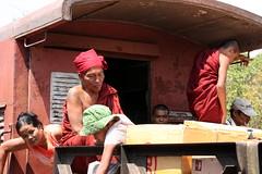 Myanmar (mbphillips) Tags: sigma18200mmf3563 canon450d people gente 人 사람들 buddha buddhism 불교 佛教 budismo မြန်မာ ရန်ကုန် fareast southeastasia ミャンマー 미얀마 缅甸 緬甸 asia アジア 아시아 亚洲 亞洲 myanmar burma မြန်မာနိုင်ငံက mbphillips 사람 personas geotagged photojournalism photojournalist 양곤 rangoon yangon 仰光 dawei ထားဝယ်မြို့ tanintharyi တနင်္သာရီ train buddhist temple