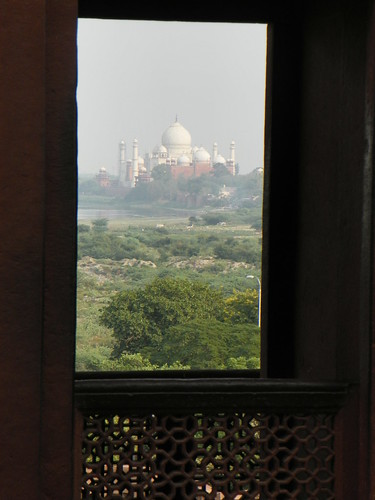 Agra 43 - Red Fort, view towards the Taj Mahal