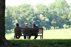 Un après-midi a la campagne (MarcBphotos) Tags: un après midi la campagne people trees forest sun happy spring champetre grass roots bokeh fuji xt20 hats senior landscape bench