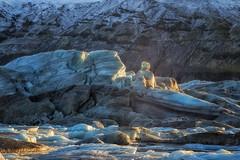 Hielos de otras epocas (Ricard Sánchez Gadea) Tags: oriental islandia is hielo iceland gel ice cool fred frio llum luz canonef24105mmf4lisusm canon24105 24105mm canoneos6d eos6d canon6d 6d 6deos 6dcanon glaciar canon canonistas svínafellsjökull 24105 svínafellsjökullglacier 24105canon glacier worldphotoxperience