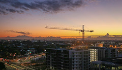 Brisbane Sunrise (Andy.Gocher) Tags: andygocher canon100d australia brisbane construction crain sunrise sun sky clouds cloudsstormssunsetssunrises