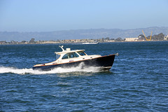 Boating in San Francisco Bay (JB by the Sea) Tags: sanfrancisco california april2018 financialdistrict embarcadero sanfranciscobay boat