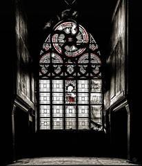 the window... (st.weber71) Tags: nikon nrw germany gebäude kentschool lostplaces verlasseneorte verlassen verfall deutschland d850 kirche kirchen architektur art fenster