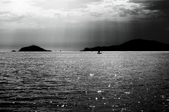 Siamo come barche in mezzo al mare (F@bio F.) Tags: italia liguria mare barche barca bianco nero biancoenero monocromatico monocromo luci ombre riflesso cielo nuvole natura montagna italy sea paesaggio panorama landscape seascape boat black white blackandwhite monochrome clouds sky mountain nature lights shadow