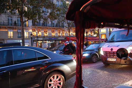 Париж, Єлісейські поля InterNetri  France 011