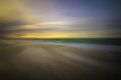 Drei Elemente! (Ulf_209) Tags: langzeitbelichtung wasser ostsee weststrand himmel luft strand farben wellen urlaub schönheit wolken