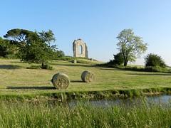 L'abbaye Saint-Pierre-de-l'Isle (Daniel Biays) Tags: labbayesaintpierredelisle bottesdefoin vestiges ordonnac gironde médoc