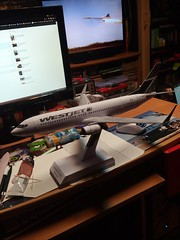 IMG_20180123_181218 (Hipo 50's Maniac) Tags: boeing 737800 westjet papercraft 1100 scale by paperreplikacom paper model aircraft jetliner plane 737 next generation