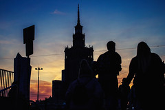 evening shades (ewitsoe) Tags: 50mm canoneos6dii city cityscape ewitsoe spring warszawa erikwitsoe night streetphotography urban warsaw palaceofscience metro crowd people evening warm summer nights sunset sun