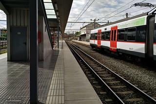 Esperando mi tren.