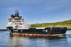 NS Iona - Aberdeen Harbour Scotland - 17/5/2018 (DanoAberdeen) Tags: torry torrybattery georgetown danoaberdeen nsiona candid amateur 2018 autumn winter spring summer aberdeenharbour aberdeenscotland seaport workboats tug tugboats cargoships psv abz abdn gb uk supplyships oilships offshore offshoreships oilindustry maritime northeast scotland ships boats vessels water northsea geotagged