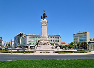 Lisbon : Praça Marqués de Pombal