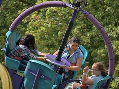 Dizzying (Scott 97006) Tags: spinning ride dizzy kids girls amusement