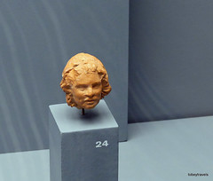 Aiani Museum, Terracotta head.JPG (tobeytravels) Tags: macedon macedonia alexanderthegreat alexandrthe3rd votive gravegoods clay figurine