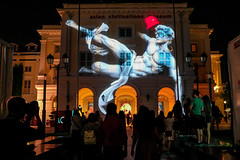 Art Skins on Monuments (TheViewDeck) Tags: singapore festival 2018 art lights city night
