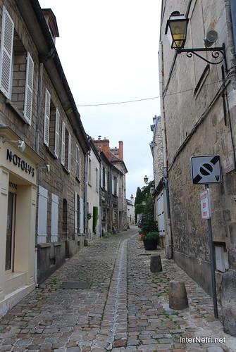 Франція Сенліс InterNetri 0301644152